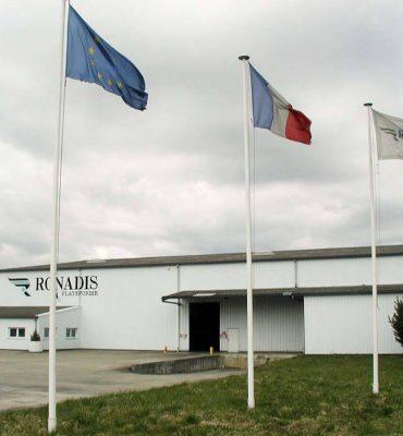 Ronadis - Plate-forme logistique de 20 000 m² spécialisée dans le stockage et la préparation de commande.