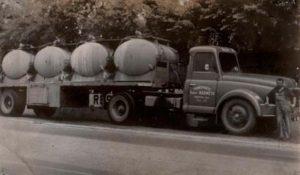 Gaston Palanchon, Willeme LD610 remorque Mege chargée de conteneurs de Javel