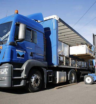 transports Marmeth - Livraison de grandes palettes avec chariots embarqués multidirectionnels