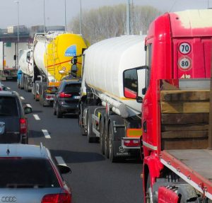 Pour les entreprises de transport, l'écotaxe aurait entrainée une augmentation des coûts de transports de près de 8%.