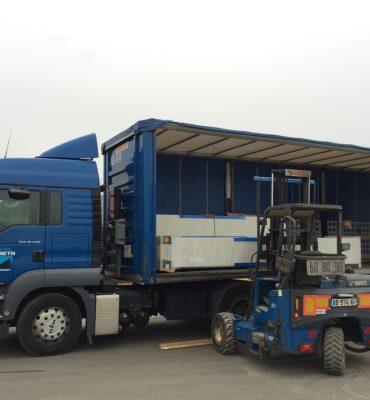 Transports avec déchargement au chariot embarqué