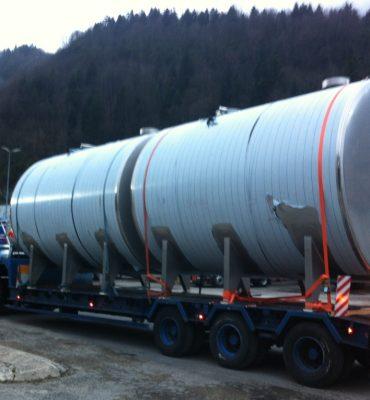 Transports speciaux en France et en Suisse